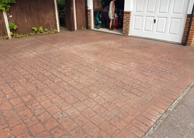 drive-revival-patterned-concrete-reseal-recolour-sussex-4